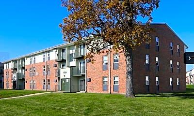 Building, Whispering Oaks, 0