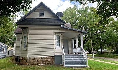 Building, 1230 W Thoman St, 1