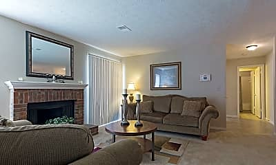 Living Room, Retreat at Stone Mountain, 2