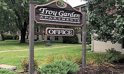 Troy Gardens Apartments, 1