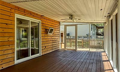 Patio / Deck, 30 Amberly Dr, 1