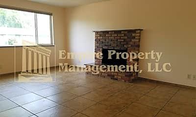 Living Room, 4538 Souza Ct, 2