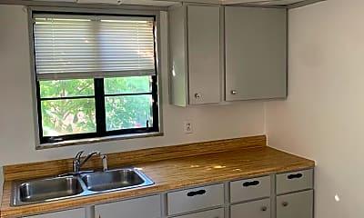 Kitchen, 3284 W 98th St, 2
