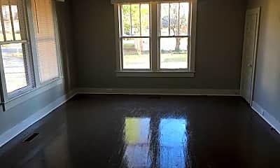 Living Room, 1701 N Poplar St, 1