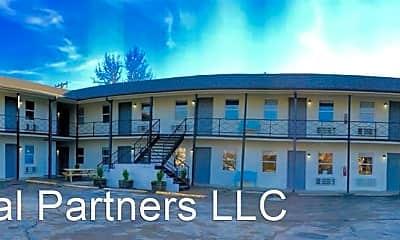 Building, 322 N 6th St, 2