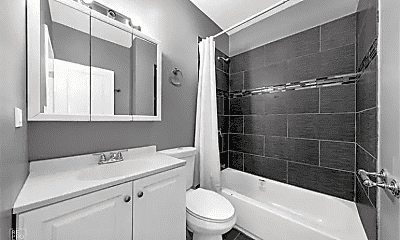 Bathroom, 4800 S Winchester Ave, 0