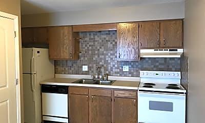 Kitchen, 123 Wintergreen Dr, 1