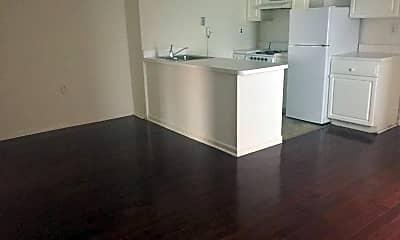 Kitchen, 222 South St, 1