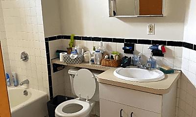 Bathroom, 369 Centre St, 1