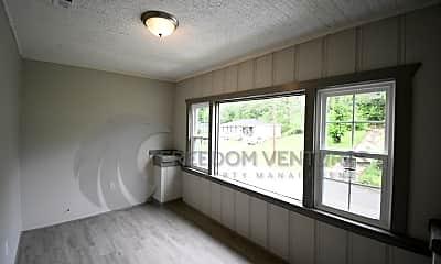 Living Room, 1043 Birmingham St, 1