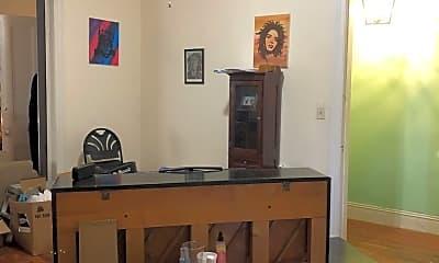Bedroom, 124 S Laurel St, 2