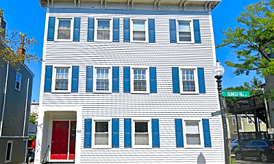 Building, 423 Bunker Hill St, 2