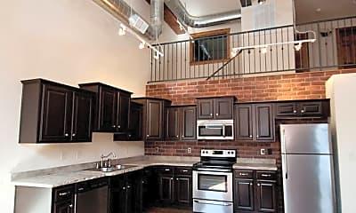 Kitchen, 211 S Market Ave, 1