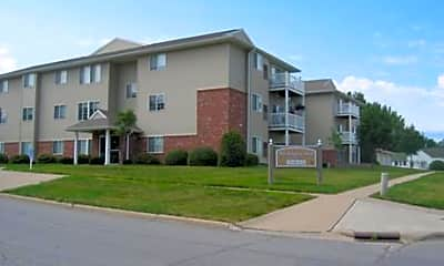 Washington Park Apartments, 1