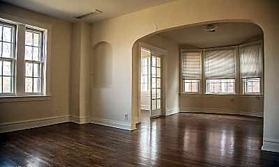 Living Room, 915 De Mun Ave, 1