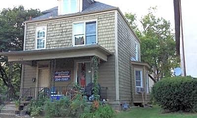 Building, 136 E Norwich Ave, 0