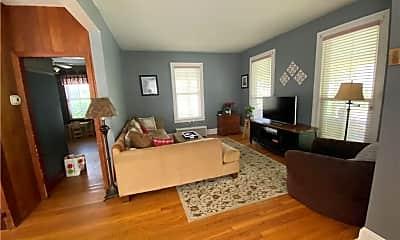 Living Room, 12 Grand St, 1