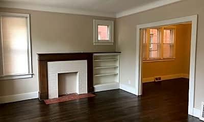 Living Room, 960 Nottingham Rd, 1