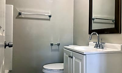 Bathroom, 2421 Marconi Ave, 2