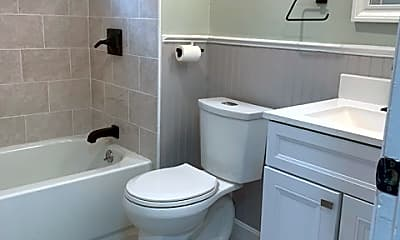Bathroom, 31 Maple Ave, 2