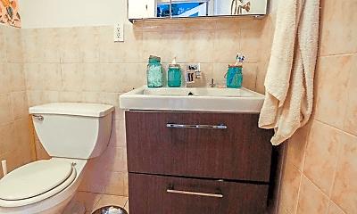 Bathroom, 252 Norman Ave, 2