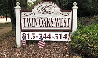 Twin Oaks, 1