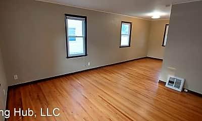 Living Room, 5036 N 6th St, 1