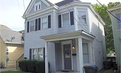 Building, 221 E Maxwell St, 1