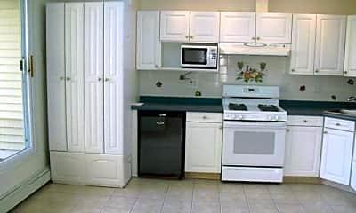 Kitchen, 75 Franklin St, 1