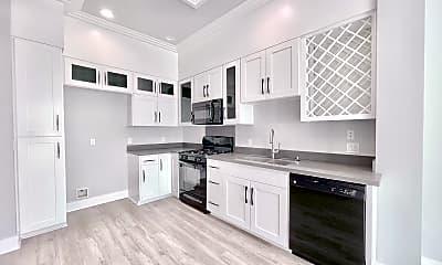 Kitchen, 11743 Goshen Ave, 1