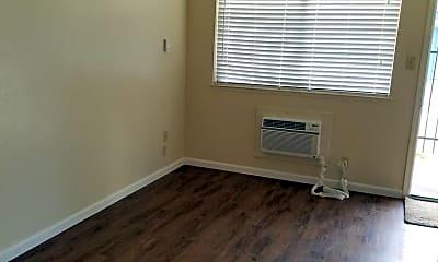 Bedroom, 150 E Orangeburg Ave, 2