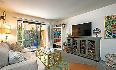Living Room, 4647 Pico St, 0