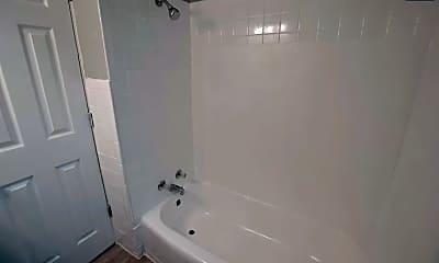 Bathroom, 2435 Shelby St, 2