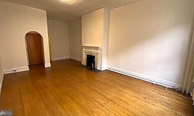 Living Room, 1527 Pine St, 1