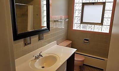 Bathroom, 6472 N Lehigh Ave 2, 2