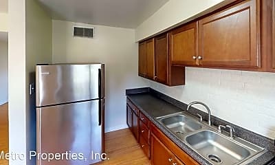 Kitchen, 4060 Forest Hill Ave, 0