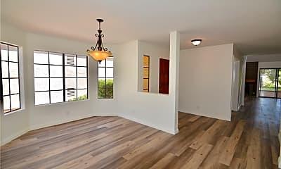 Living Room, 28487 Borgona, 1