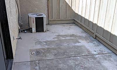 Patio / Deck, 160 Warren Ave, 2