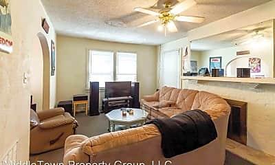 Living Room, 1122 W Rex St, 1