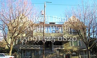 Community Signage, 14 N Clinton St, 0