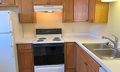 Kitchen, 332 Timberhaven Dr, 1