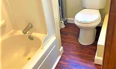 Bathroom, 69 Fales St, 2