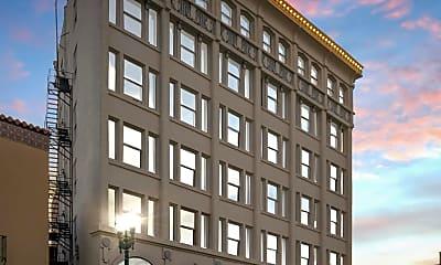 Building, 115 N Mesa St, 0