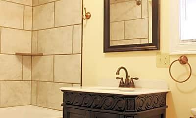 Bathroom, 11 Colchester Ct, 2