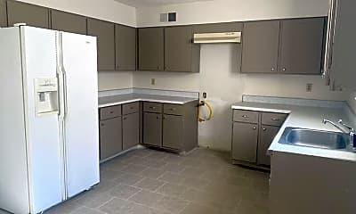 Kitchen, 3210 13 Colony Mall, 0