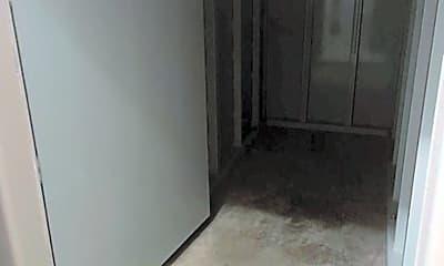 Bathroom, 1105 Wisconsin Ave, 2