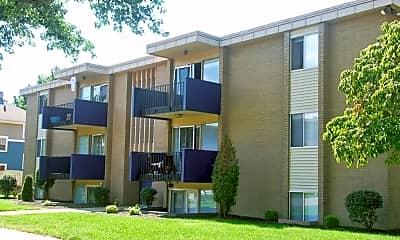 Building, 835 N Notre Dame Ave, 0