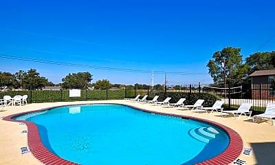 Pool, Oak Tree, 0