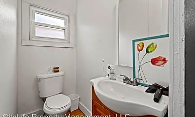 Bathroom, 206 Bodkin St, 1