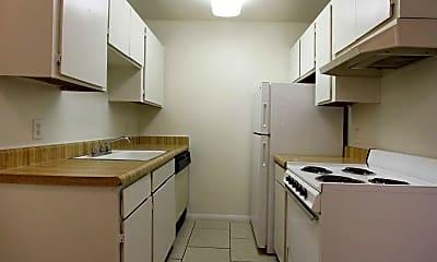 Kitchen, Sedona Pointe, 1